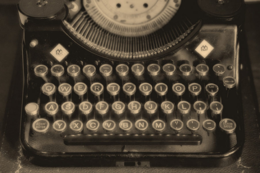 The Typist | Original flash fiction by Kieran Higgins